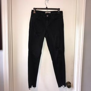 BLACK PANTS WITH LACE CUTS